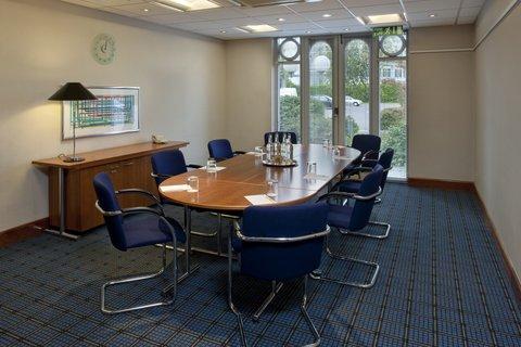 Holiday Inn GLOUCESTER - CHELTENHAM - Boardroom meeting