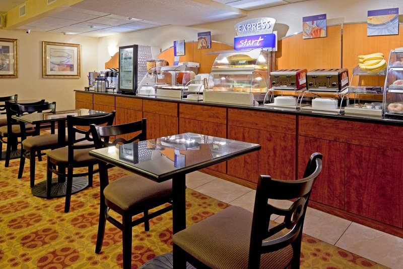 Holiday Inn Express RAMSEY-MAHWAH - Ramsey, NJ