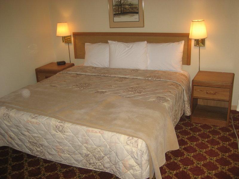 America's Best Inn - Urbana, IL