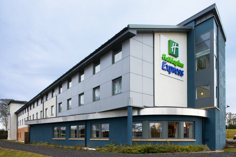 Holiday Inn Express Dunfermline Vista exterior