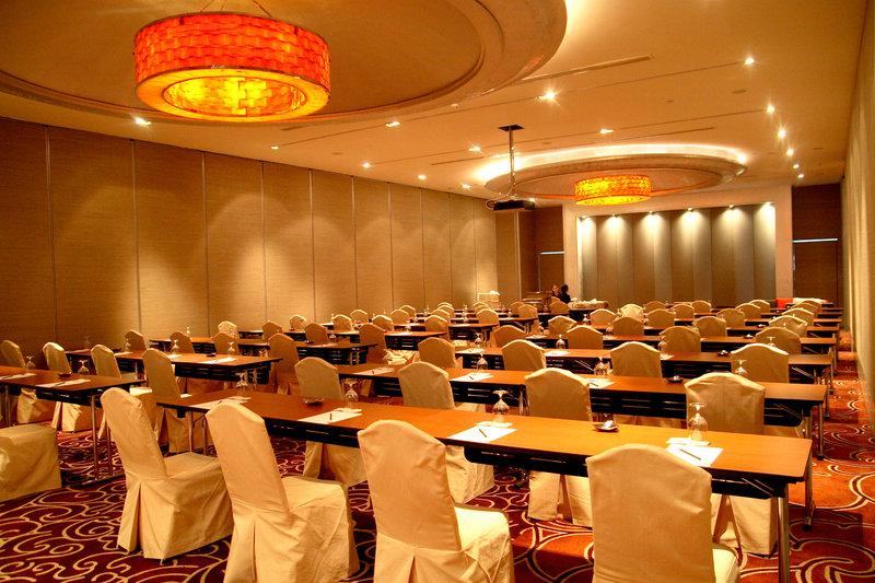 Grand Millennium Hotel Sukhumvit Bangkok Konferenciaterem