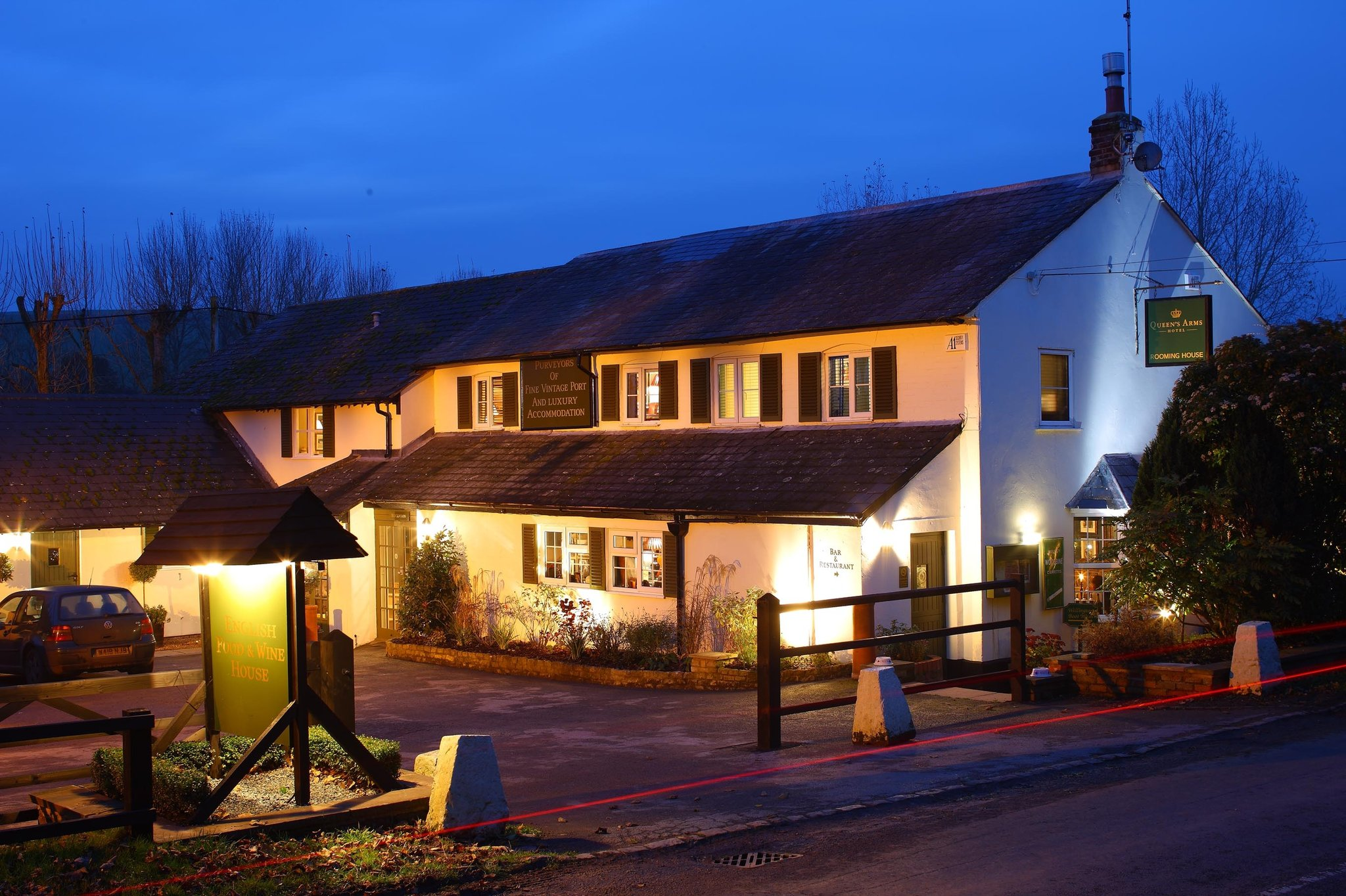 Queen's Arms Hotel