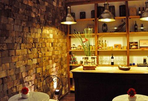 Azur Real Hotel Boutique - Deli Lobby Lounge