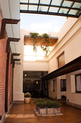 Azur Real Hotel Boutique - Courtyard