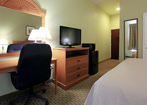 Quality Inn & Suites La Porte