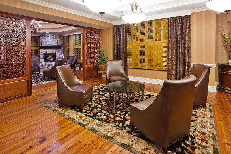 Holiday Inn Express SAVANNAH-HISTORIC DISTRICT - Savannah, GA
