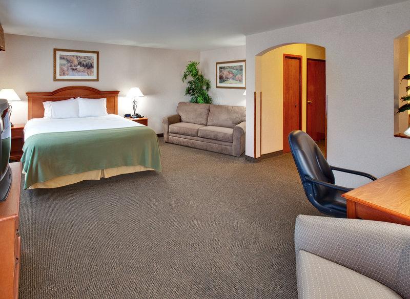 Holiday Inn Express & Suites ABERDEEN - Frederick, SD