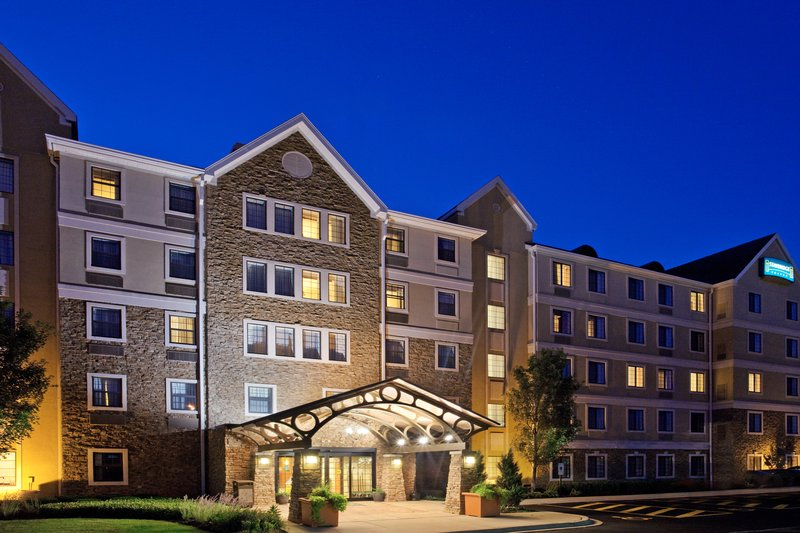 Staybridge Suites AURORA/NAPERVILLE - Aurora, IL