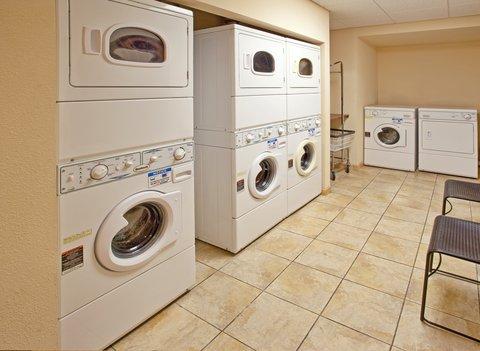 Staybridge Suites AURORA/NAPERVILLE - Laundry Facility