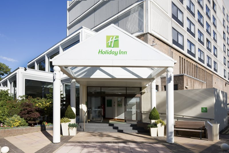 Holiday Inn Edinburgh-North Exterior view