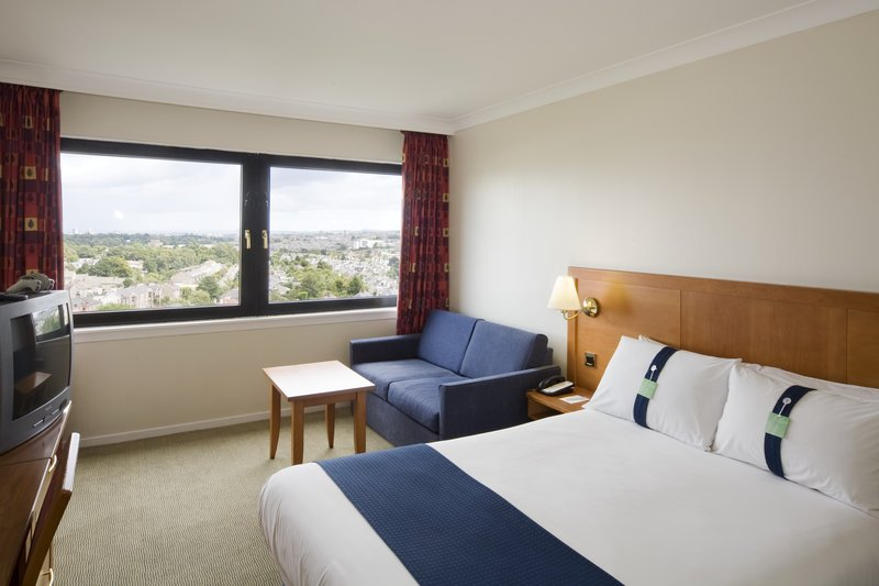 Holiday Inn Edinburgh-North View of room