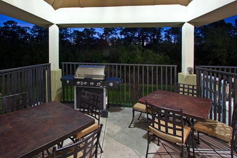 Candlewood Suites Fort Myers Sanibel Gateway Hotel - Outdoor Gazebo Grill