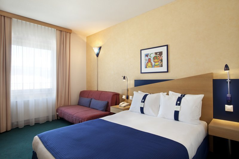 Holiday Inn Express Geneva Airport Zimmeransicht