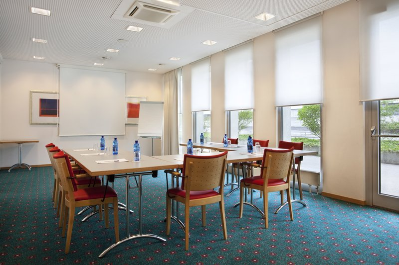 Holiday Inn Express Geneva Airport Konferencelokale