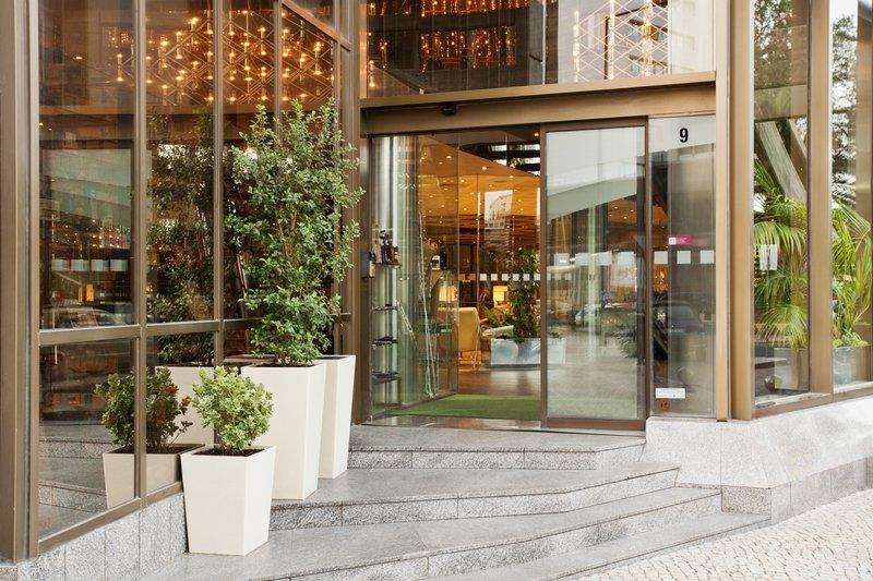Holiday Inn Lisbon-Continental Вид снаружи