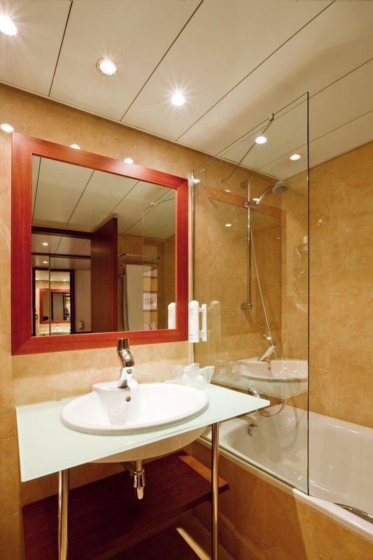 Holiday Inn Lisbon-Continental Вид в номере