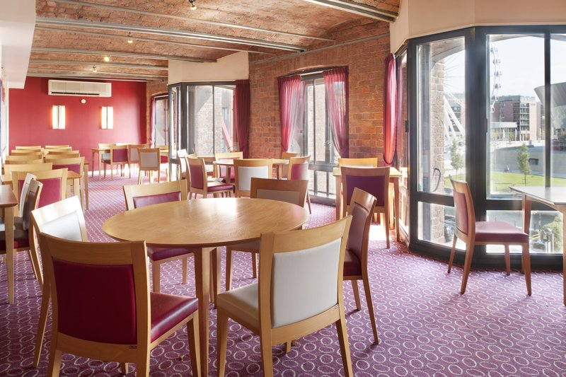 Holiday Inn Express Liverpool-Albert Dock Gastronomia