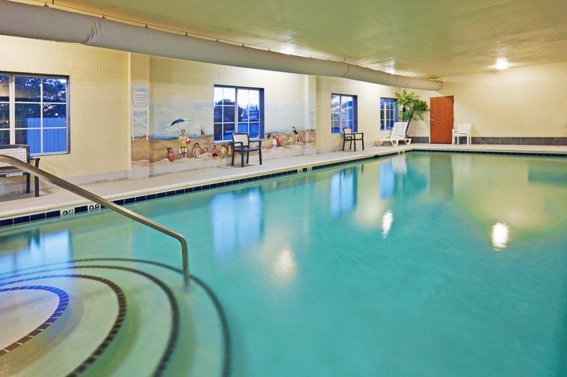 Holiday Inn Express & Suites PETERSBURG-FORT LEE - Petersburg, VA