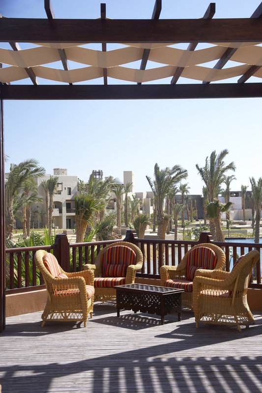 Crowne Plaza Resort Sahara Oasis Port Ghalib Resor バー/ラウンジ