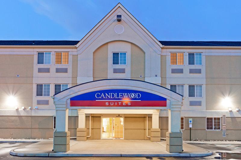 Candlewood Suites Secaucus Вид снаружи