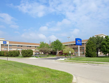 Baymont Inn &amp; Suites Detroit/warren