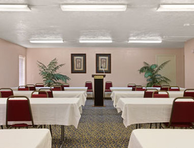 Ramada Limited Fort Myers Hotel - Meeting Room