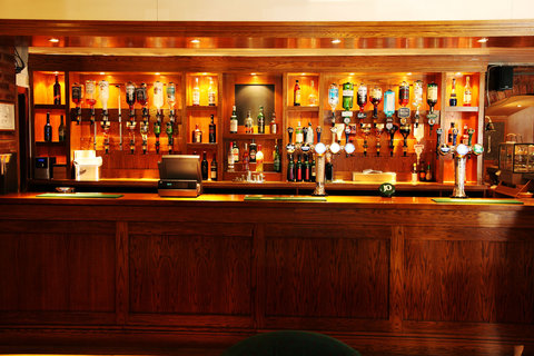 Beaufort Park Hotel - Arches Bar