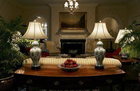 Tidewater Inn - Lobby Fireplace
