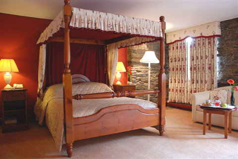Whitewater Hotel & Leisure Club - Four Poster Room