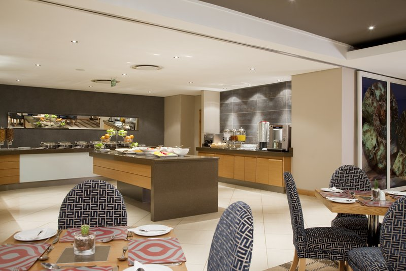 Holiday Inn Express Pretoria-Sunnypark Gastronomi