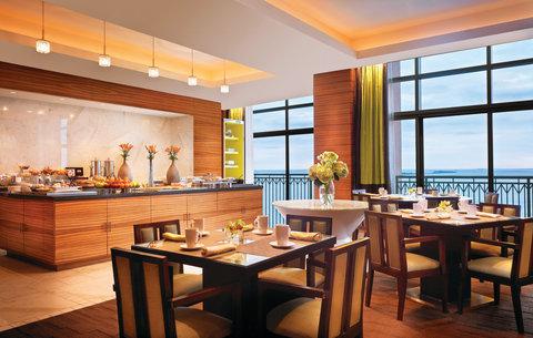 亚特兰蒂斯湾酒店 - Cove Club Lounge Breakfast Setup Med