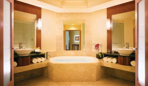 亚特兰蒂斯湾酒店 - The Cove Atlantis Ocean Suite Bathroom Med