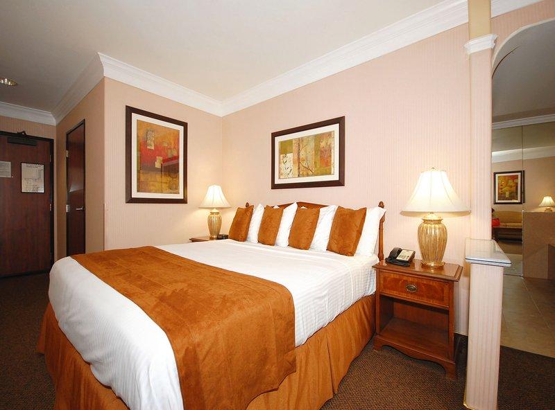 Best Western Plus-Suites Hotel - Inglewood, CA