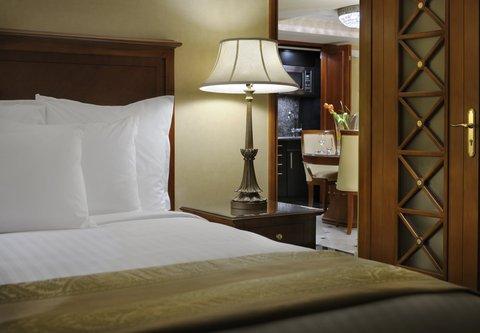 فندق ماريوت القاهرة و كازينو عمر الخيام - Diplomatic Suite Bedroom