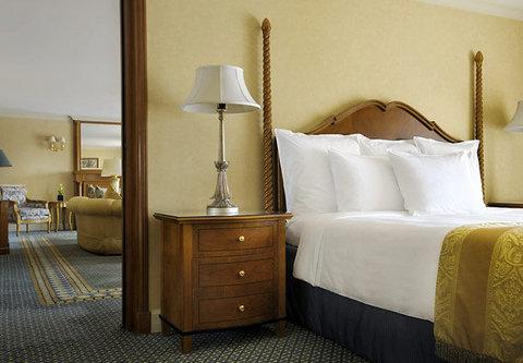 فندق ماريوت القاهرة و كازينو عمر الخيام - Ambassador Suite Bedroom