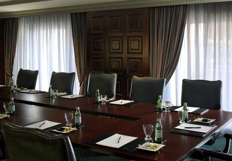 فندق ماريوت القاهرة و كازينو عمر الخيام - Farafra Boardroom Meeting Room