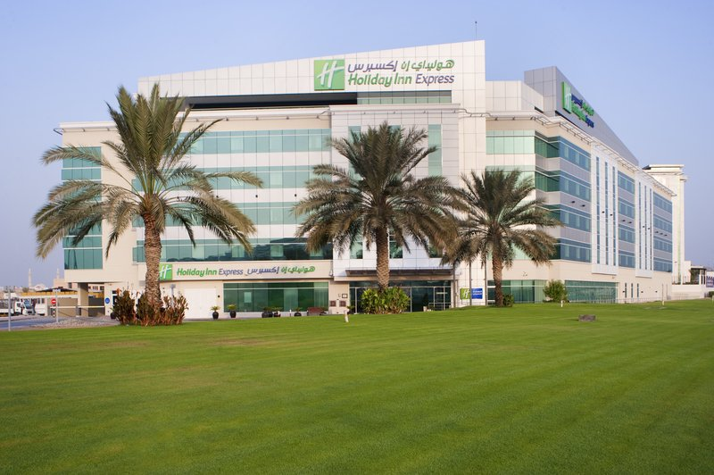 Holiday Inn Express Dubai Airport Fasad