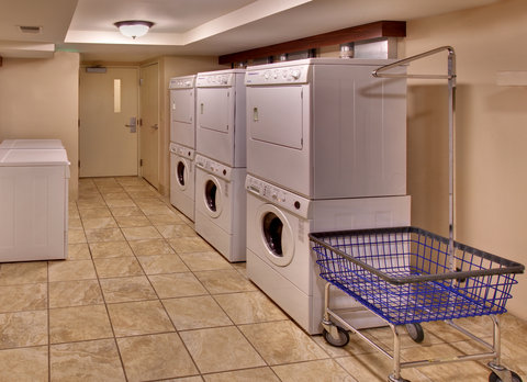 Staybridge Suites DAVENPORT - Laundry Facility