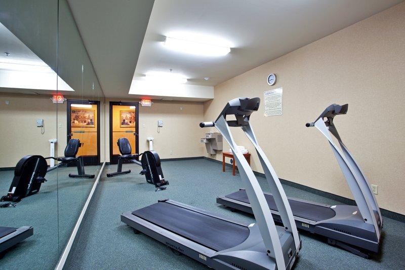 Holiday Inn Express & Suites PETERSBURG/DINWIDDIE - Petersburg, VA