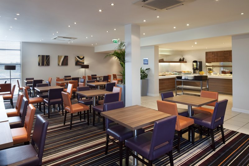 Holiday Inn Express Walsall M6, JCT.10 Gastronomia