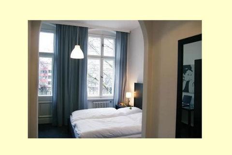 Metropolitan Berlin - Guest Room