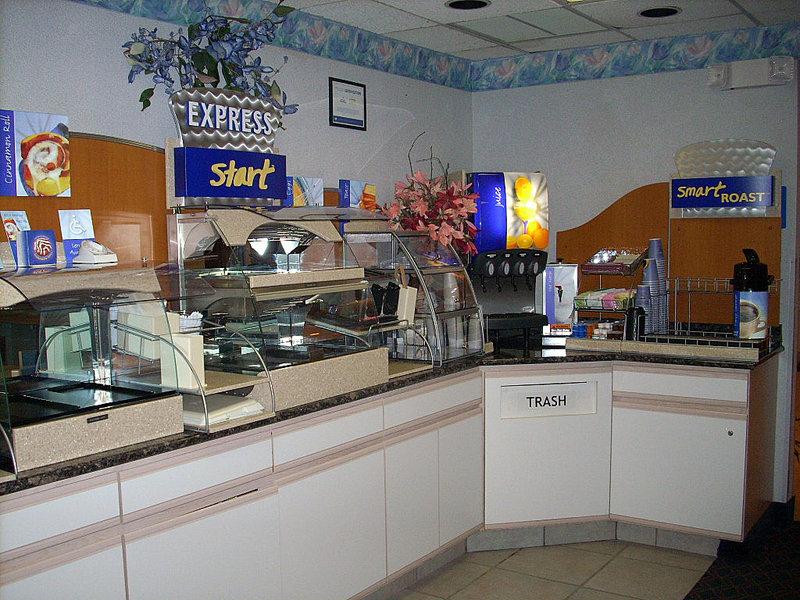 Holiday Inn Express ELKHART NORTH - I-80/90 EX. 92 - Elkhart, IN