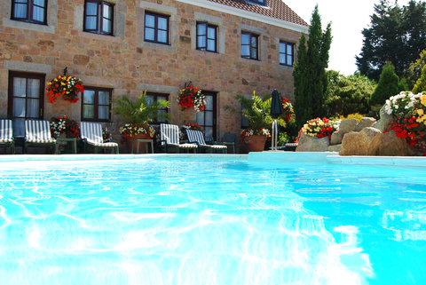 Greenhills Country Hotel - Greenhills Pool Jpg