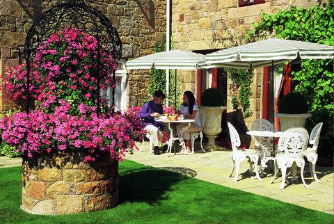 Greenhills Country Hotel - Greenhills Garden
