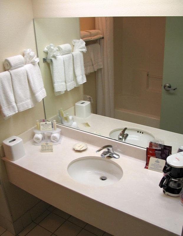 Holiday Inn Express & Suites PLANT CITY - Plant City, FL