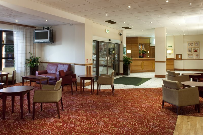 Holiday Inn Rotherham-Sheffield M1,JCT.33 Bar/lounge