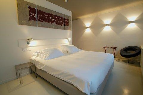 Hotel Matelote - Deluxe Cosy Comfort Room