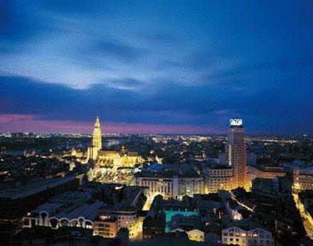 Hotel Matelote - Antwerp by Night