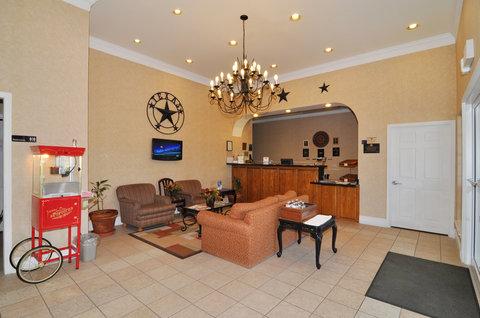 BEST WESTERN La Hacienda Inn - Lobby