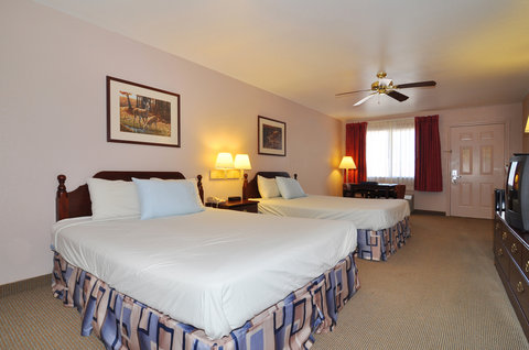 BEST WESTERN La Hacienda Inn - Two Queen Guest Room